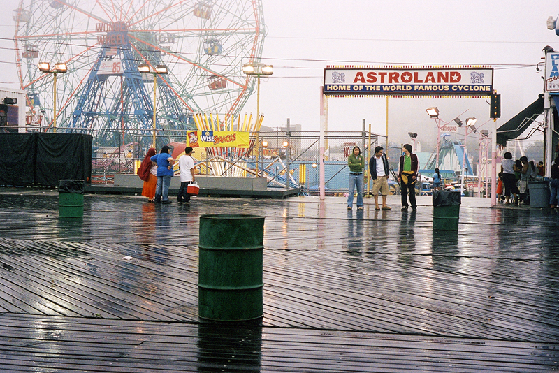 http://achromatique.com/files/gimgs/4_6ny-coney-island-three.jpg